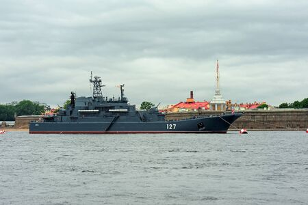 ship anchor: Saint Petersburg, RUSSIA - July 30, 2017: large landing craft Minsk during a naval parade for  Navy Day celebration Editorial