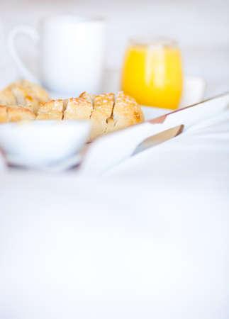Fr�hst�ck im Bett auf einem Tablett