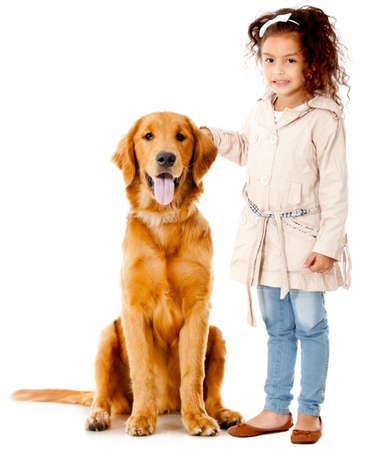 mujer perro: Hermosa ni�a con un perro - aislados en un fondo blanco Foto de archivo