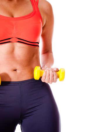 ropa deportiva: Mujer ejercicio con pesas - aislados en un fondo blanco