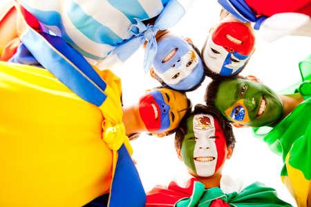 flag of argentina: Feliz grupo de personas de Am�rica Latina sonriendo