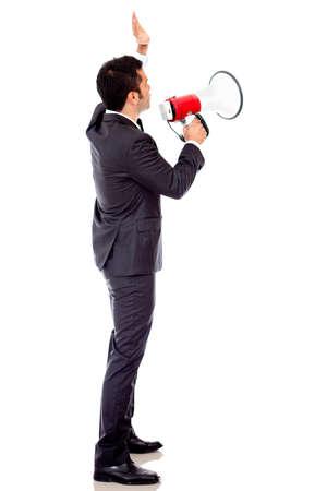 dictatorial: Imprenditore parlando ad alta voce attraverso un megafono - isolato su uno bianco backround