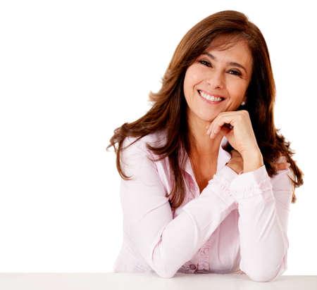 ��smiling: Mujer de negocios amigable sonriente - aislados en un backgorund blanco Foto de archivo