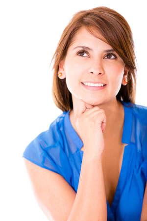 mujer pensativa: Mujer pensativa mirando hacia arriba - aislados en un fondo blanco