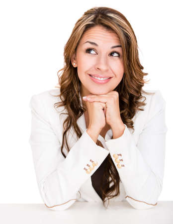 mujeres pensando: Mujer de negocios pensativo mirando hacia arriba - aislados en un fondo blanco