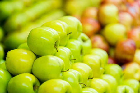 Pile of fresh green apples at the supermarket Stock Photo - 16712503