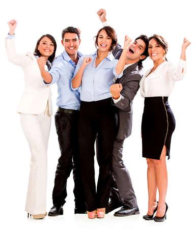 gente exitosa: Equipo de negocios feliz celebrando con los brazos para arriba - aislados en blanco
