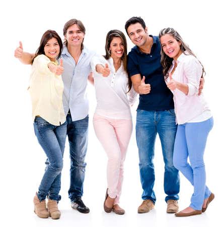 sociable: Felice gruppo di persone con il pollice in alto - isolato su sfondo bianco
