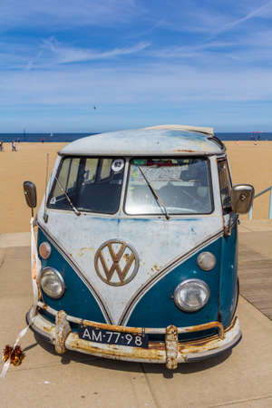 Scheveningen The Hague, the Netherlands - 21 May 2017: VW kombi van at the beach 報道画像