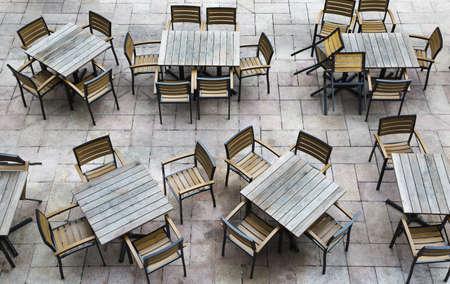 not open: Tiro orizzontale di un ristorante all'aperto si apre per le imprese ancora