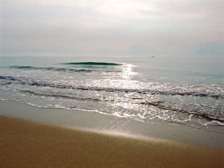 El amanecer sobre el Golfo de Tailandia