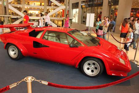lamborghini: Side view of Lamborghini Countach