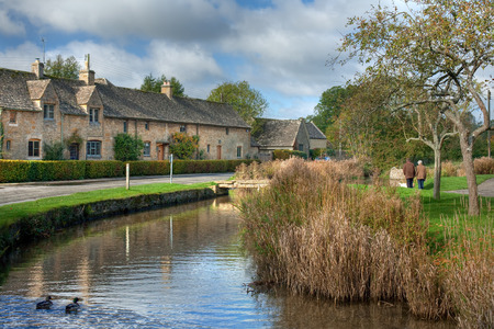 gloucestershire: Cotswold village of Lower Slaughter, Gloucestershire, England Stock Photo