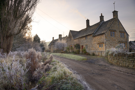 old english: Pretty stone house in the small village of Aston Subedge near Chipping Campden, Gloucestershire, England  Stock Photo