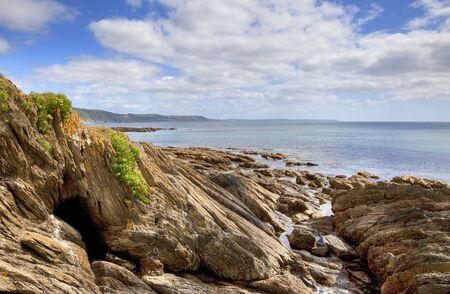 Uitzicht vanaf East Looe Beach, Cornwall, Engeland