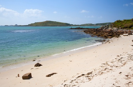 scilly: White sands at Appletree Bay, Tresco, Isles of Scilly, Cornwall, England. Stock Photo