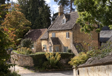 Pretty detached Cotswold cottage, Mickleton near Chipping Campden, Gloucestershire, England. Archivio Fotografico