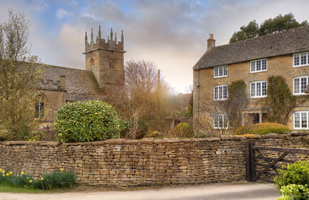 wold: The old Cotswold church at Longborough, Gloucestershire, England  Stock Photo