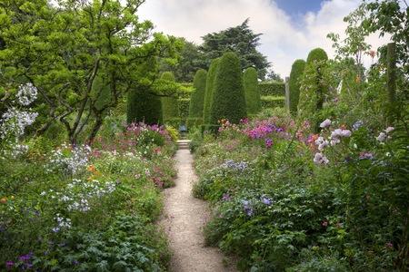 Englischer Garten Lizenzfreie Bilder Und Fotos Kaufen 123rf