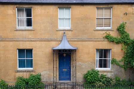 cotswold: Cotswold house facade, Gloucestershire, England