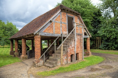 worcestershire: Brick-built granary, Worcestershire, England. Stock Photo