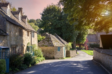cotswold: The Cotswold village of Snowshill, Gloucestershire, England.