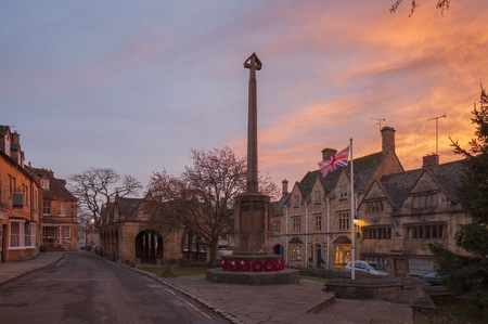 cotswold: Cotswold town of Chipping Campden at dawn, Gloucestershire, England Stock Photo