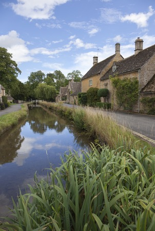 Lower Slaughter dorp, Cotswolds, Gloucestershire, Engeland. Stockfoto
