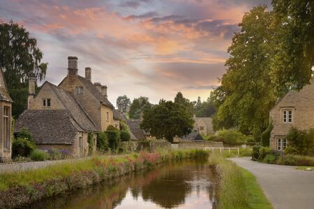 Cotswold village of Lower Slaughter, Gloucestershire, England Reklamní fotografie