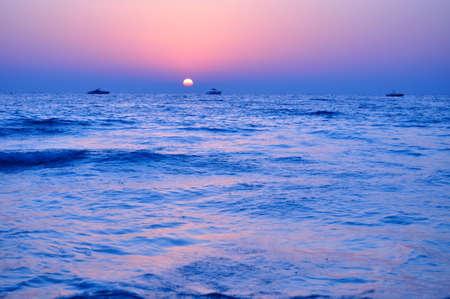 persian gulf: Sunset and boats at Persian Gulf in Dubai, UAE