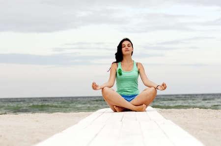 composure: impegnata in yoga Archivio Fotografico