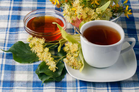 linden blossom: Black tea with healing herbs and Linden blossom