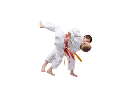 With yellow belt athlete does throw judo Imagens