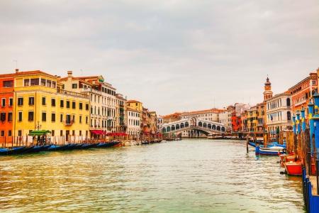 Rialto Bridge (Ponte Di Rialto) in Venice, Italy on a cloudy day