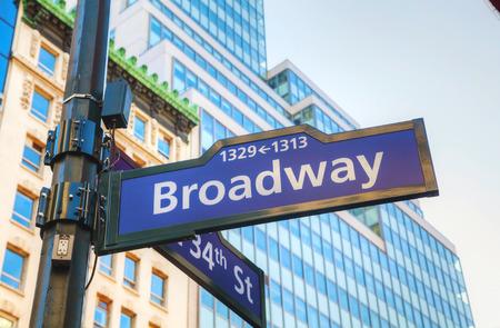 ニューヨークのブロードウェイ記号
