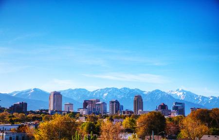 salt lake city: Visi�n general de Salt Lake City en un d�a soleado