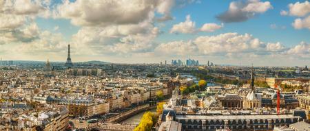 Vue aérienne panoramique de Paris avec la tour Eiffel Banque d'images - 33891875