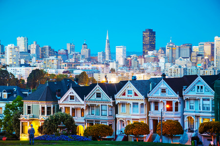 san: San Francisco cityscape with the Painted Ladies as seen from Alamo square park Stock Photo