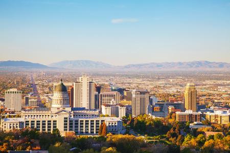 sal: Visi�n panor�mica de Salt Lake City en la ma�ana