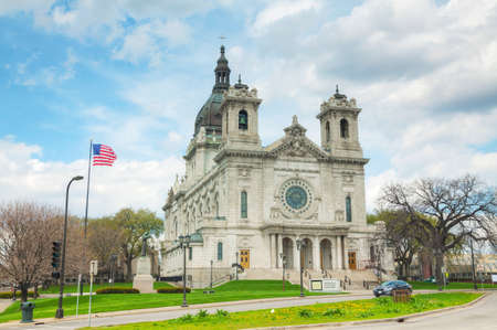 mn: Basilica of Saint Mary in Minneapolis, MN on a cloudy day Stock Photo