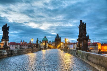 charles bridge: Charles bridge in Prague, Czech Republic at sunrise