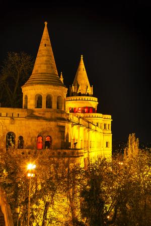 fisherman bastion: Fisherman bastion in Budapest, Hungary at night