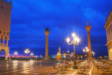 san marco: San Marco square in Venice, Italy at sunrise