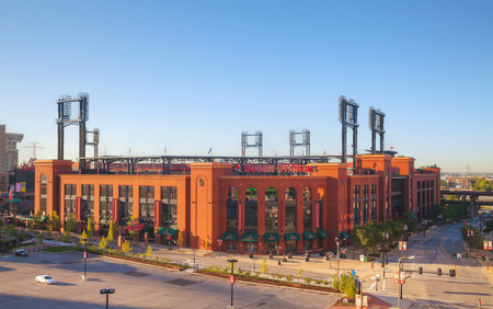 st louis: ST LOUIS, MO - AUGUST 26: Busch baseball stadium on August 26, 2015 in St Louis, MO. Editorial