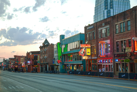tn: NASHVILLE - AUGUST 28: Downtown Nashville on August 28, 2015 in Nashville, TN. Nashville is the capital of the State of Tennessee and the county seat of Davidson County.