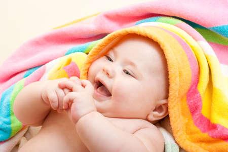 baby towel: Beb� adorable coloridos toalla despu�s de ba�o