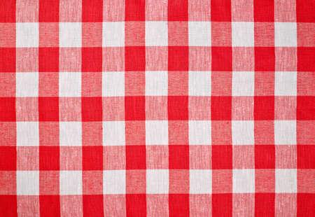 tela blanca: mantel rojo tejido facturado