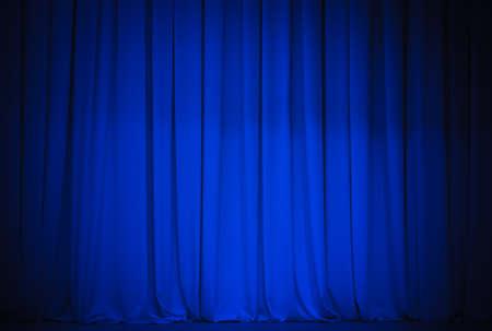 Theater blauen Vorhang