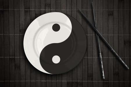 placemat: yin yan piastra sulla definizione tovaglietta di bamb� con i bastoni