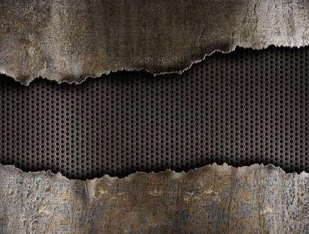 Как сделать дырку в металлическом листе
